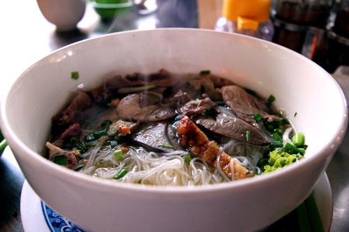 カンボジアの朝食の定番!クイティウの種類と食べ方を解説するよ | 人生は宇宙だ!