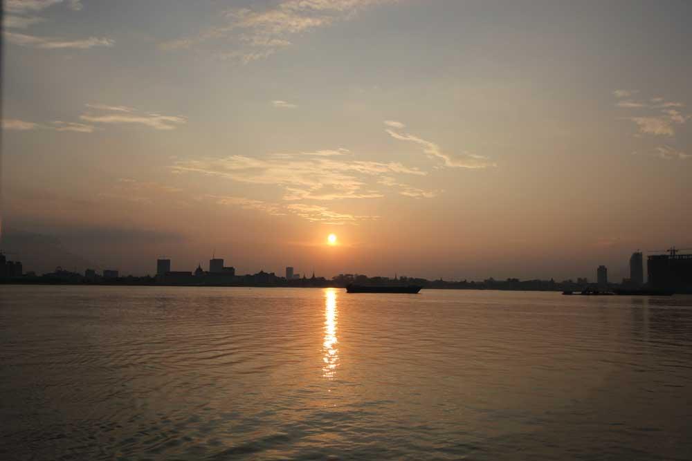 プノンペンの夕日
