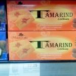 スーパーマーケットで買えるマダムサチコのクッキー。ココナッツとタマリンド味の二種類あります。