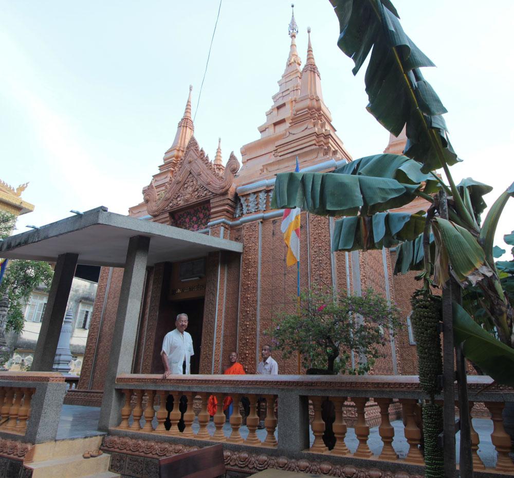 ウナロム寺院のお堂