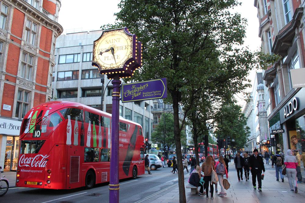 夏は昼がとても長いイギリス。