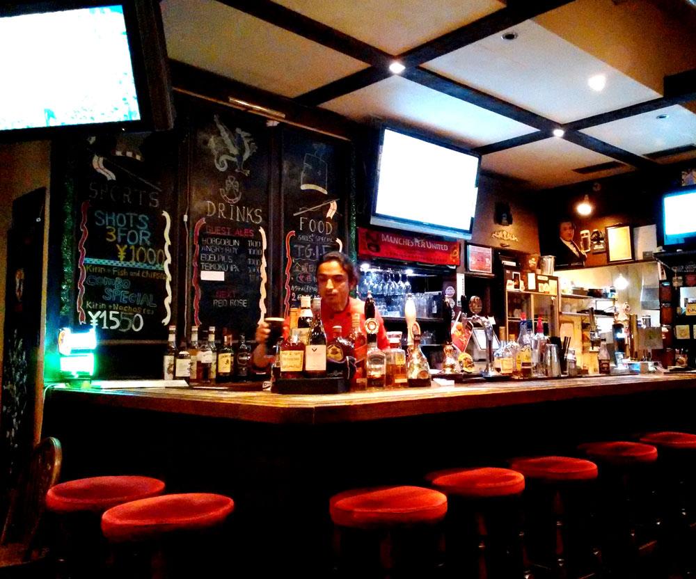 Three Kingsの店内。たくさんのビールが並んでます。