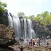 カンボジアには山もある。有名なブースラの滝に行こう。