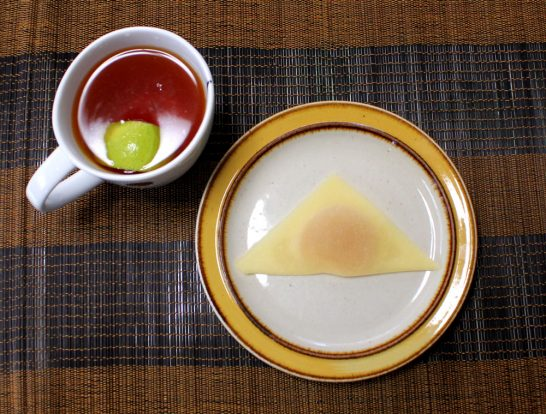 八ッ橋・レモンとレモンティー
