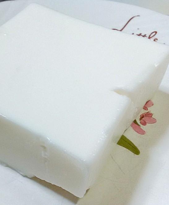 純白のレアチーズ