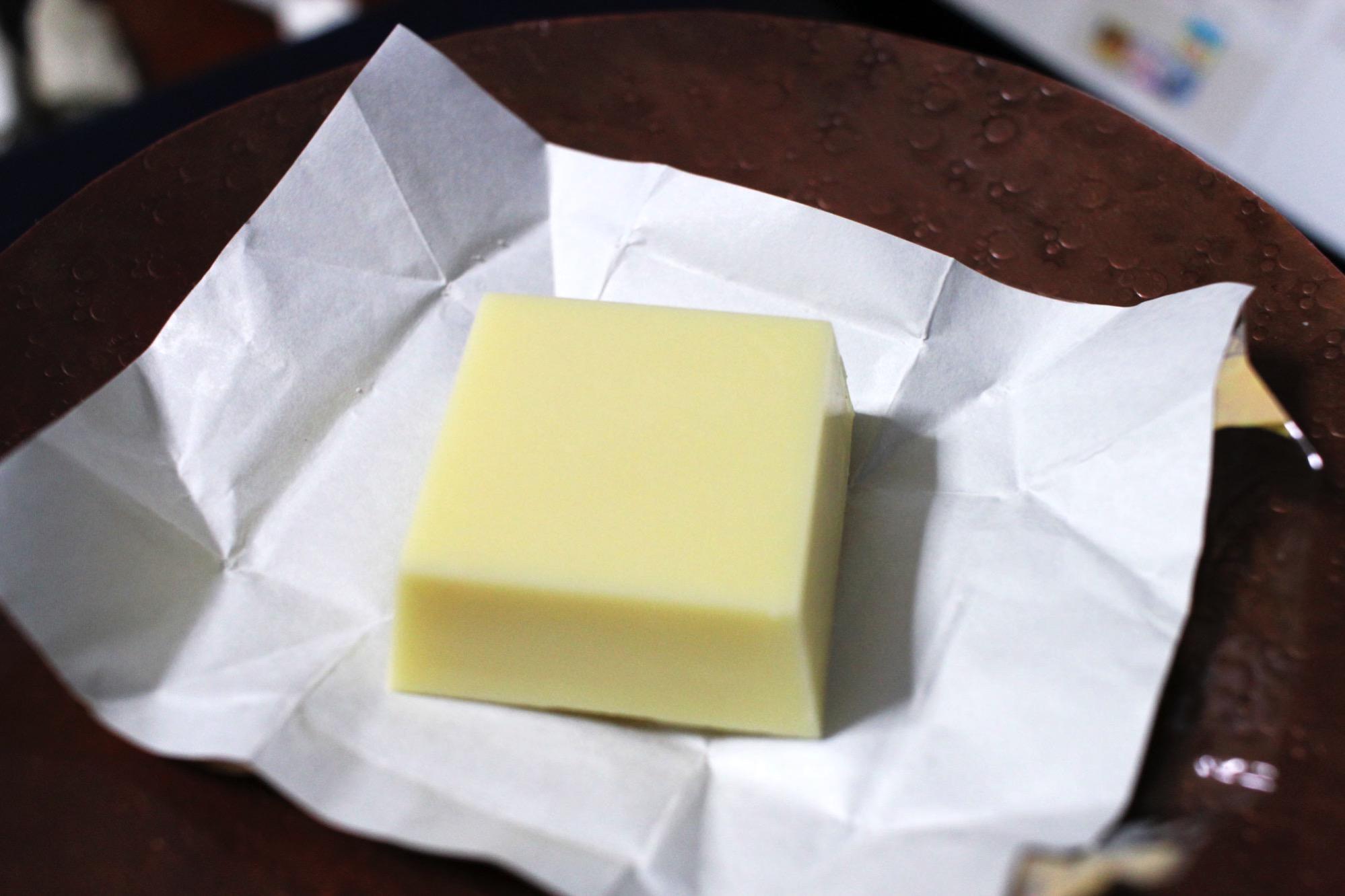 チロル・プレミアムチーズケーキの中身