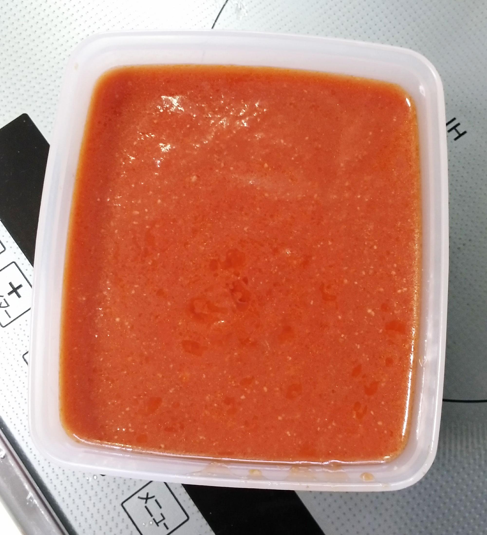 完成したトマトソース