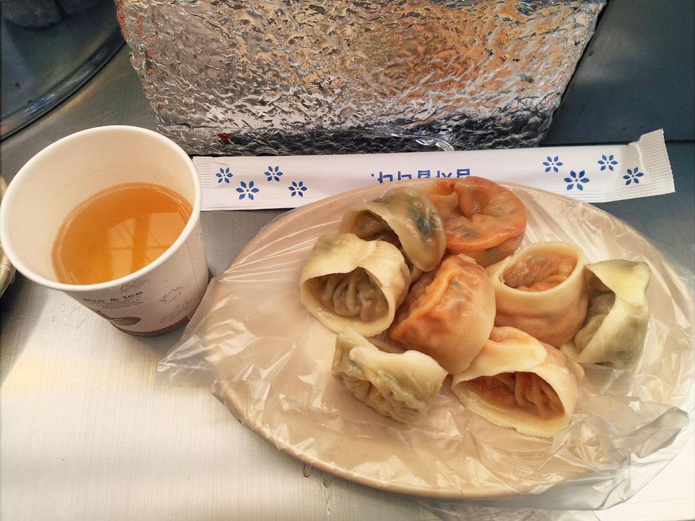餃子(野菜とキムチ)