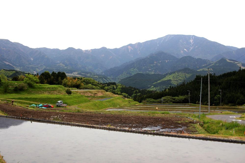 中山道から見た山