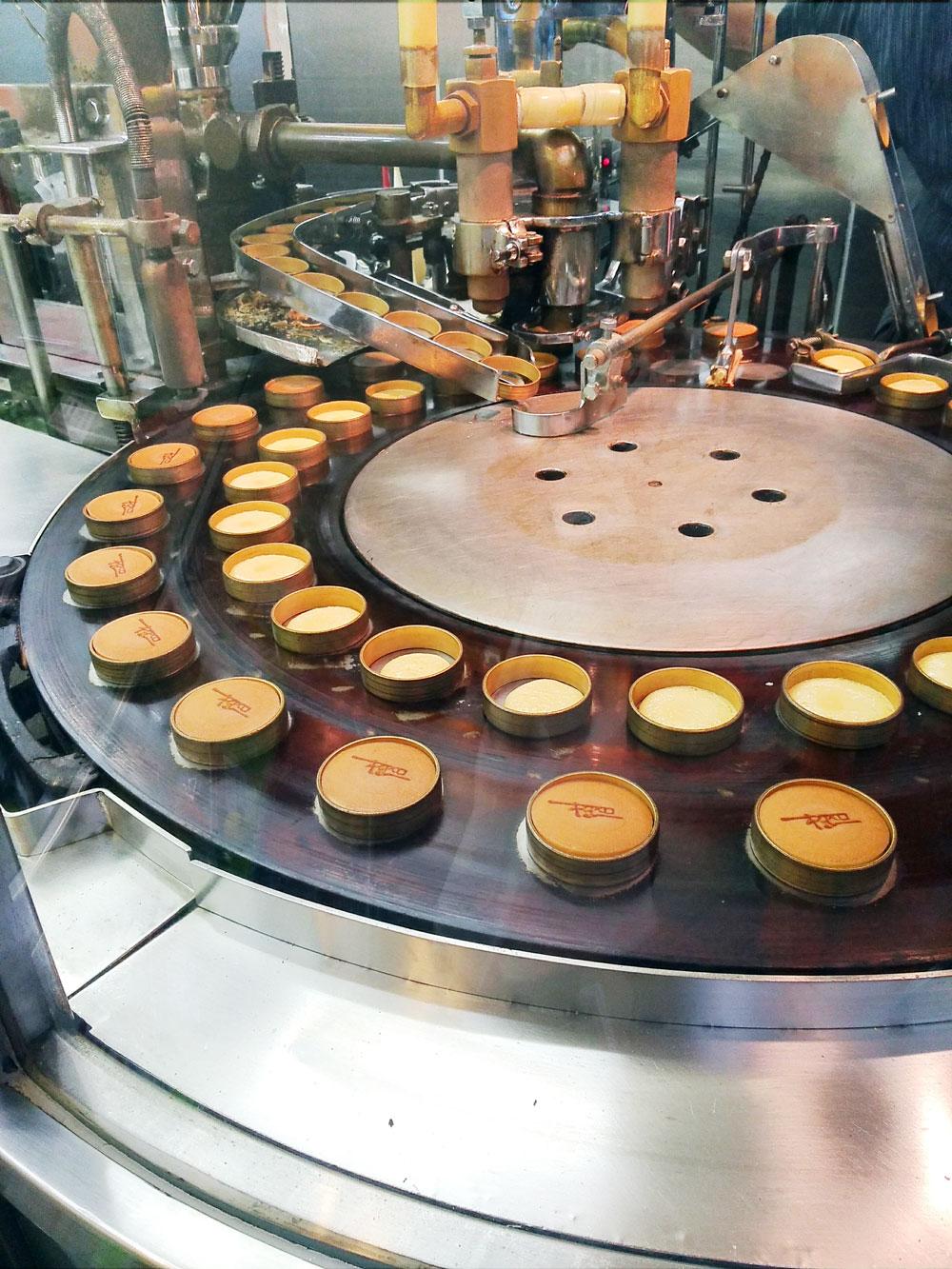 ロンドン焼を製造する機械