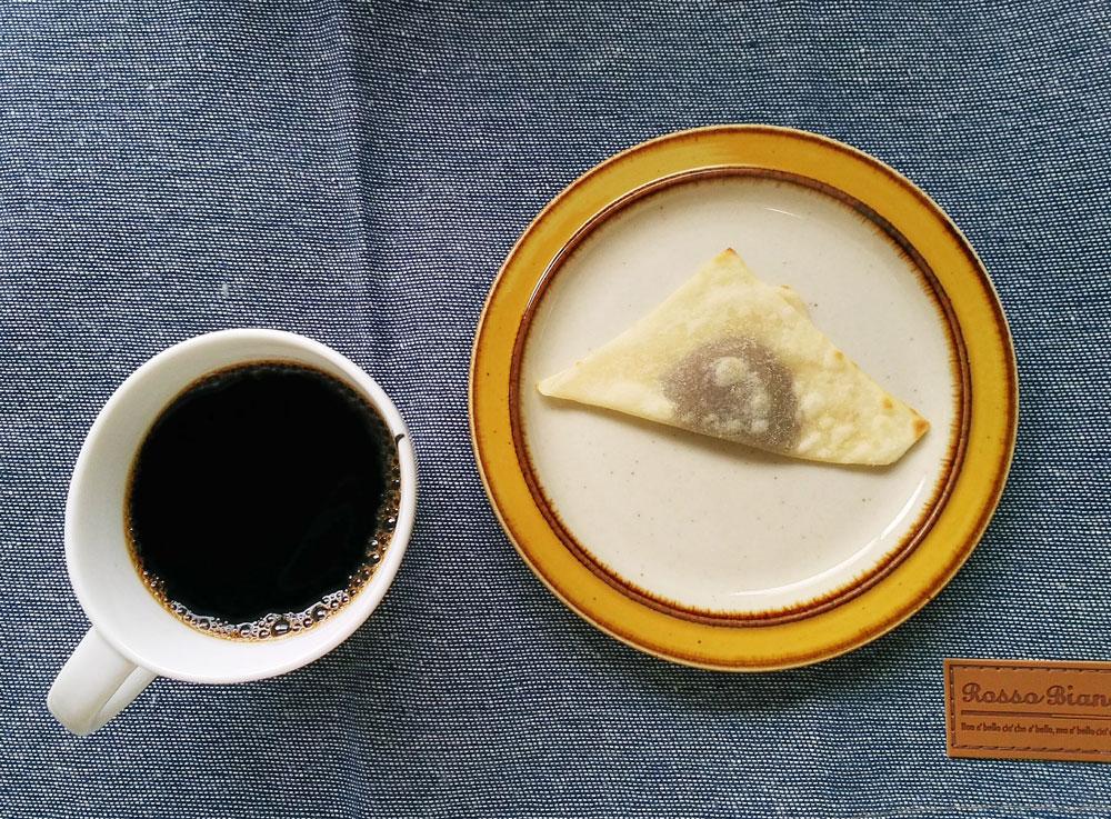 焼いた夕子・チョコレートはコーヒーに合う