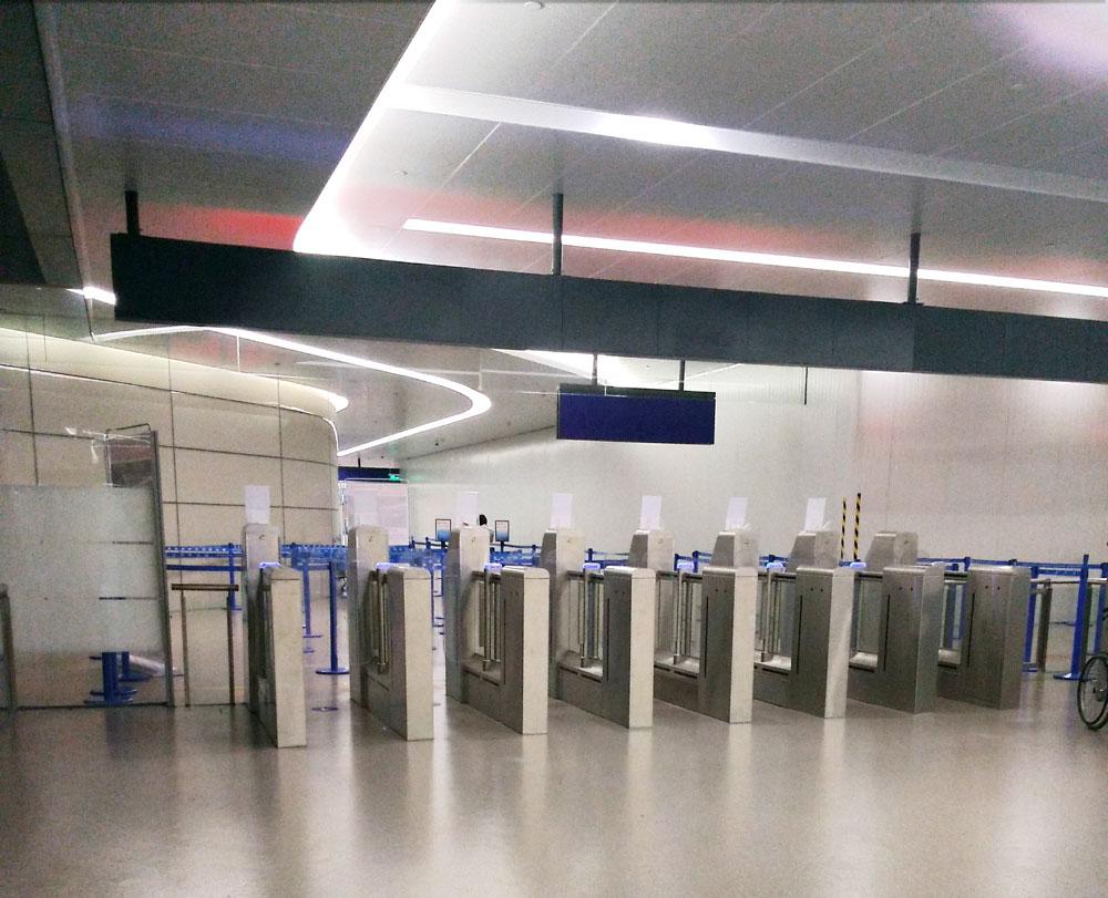 国際線乗り継ぎの自動ゲート