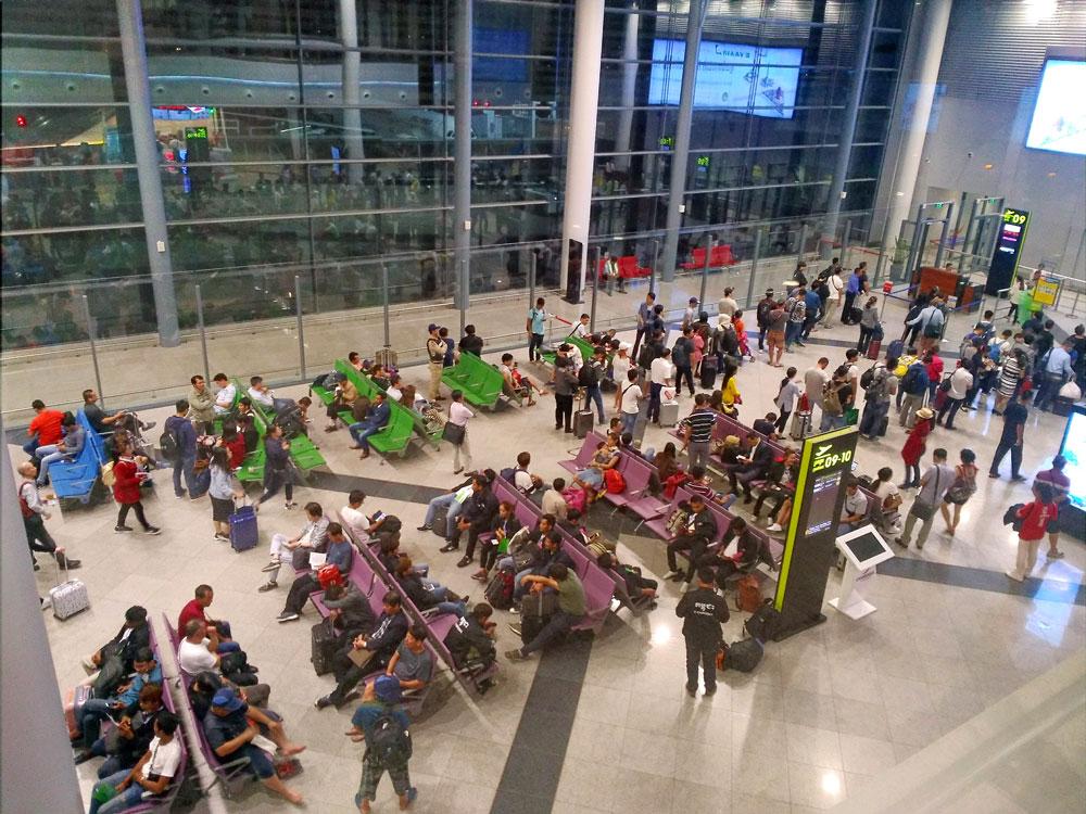 プノンペン国際空港の搭乗口