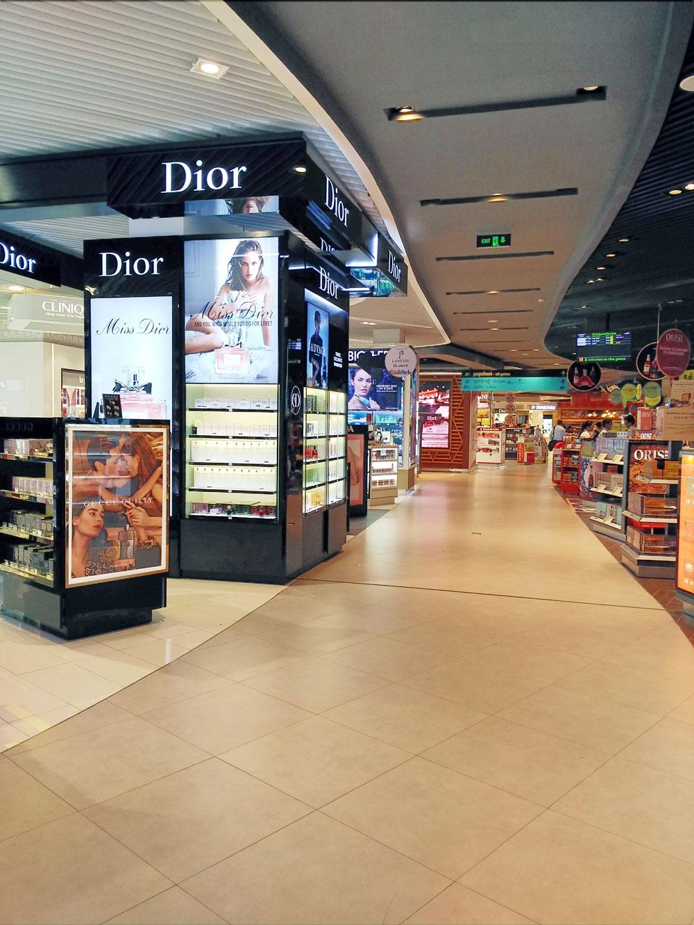 プノンペン国際空港の免税店