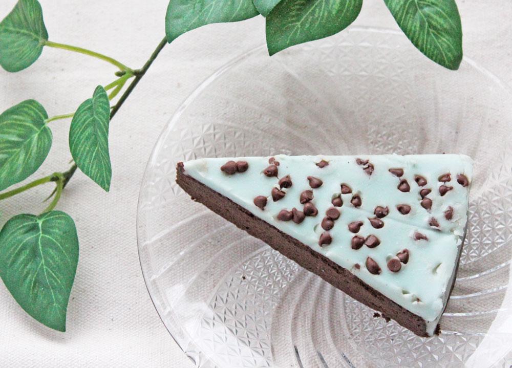 セブンイレブン「チョコミントの生ガトーショコラ」