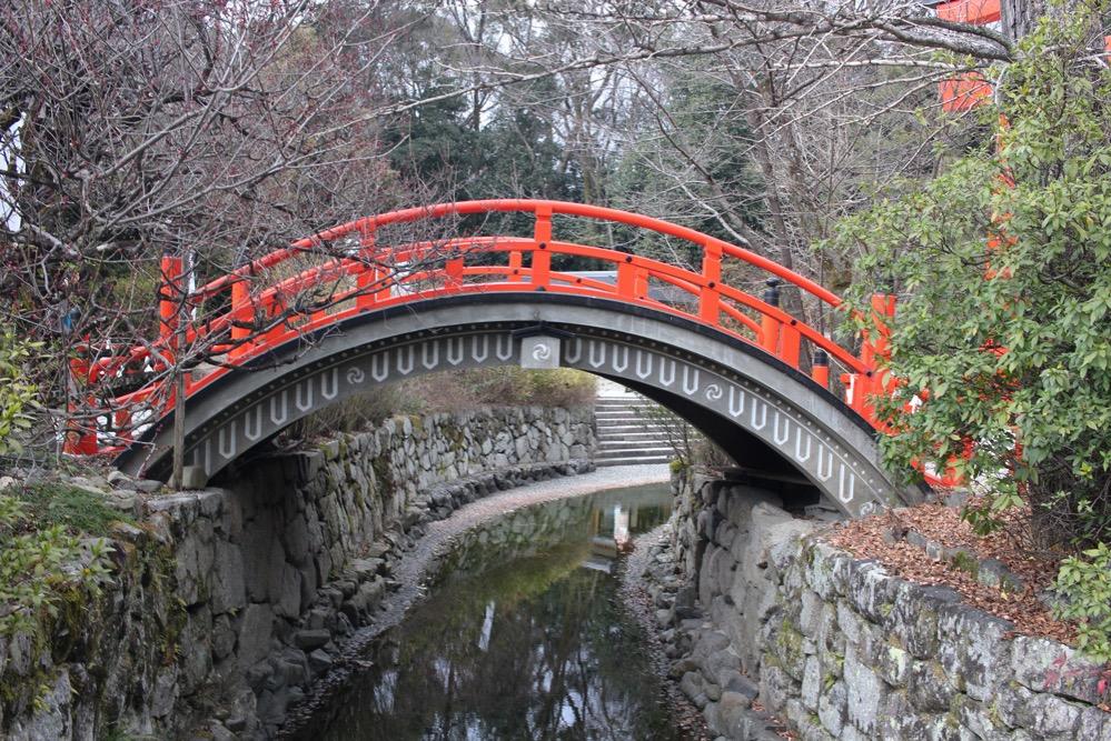下鴨神社の中を流れる御手洗川