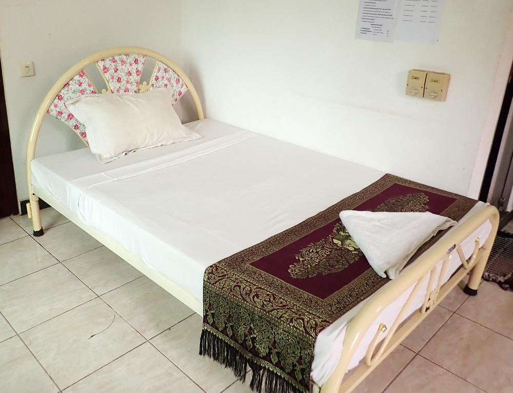 小さめのベッド