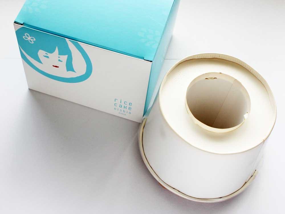 ためちゃんの純米シフォンケーキ チョコミントの外箱と中身