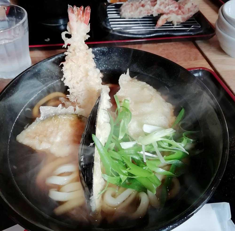 麺くい やまちゃん・天ぷらうどん