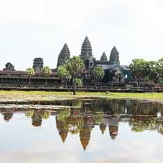 カンボジア旅行に行く