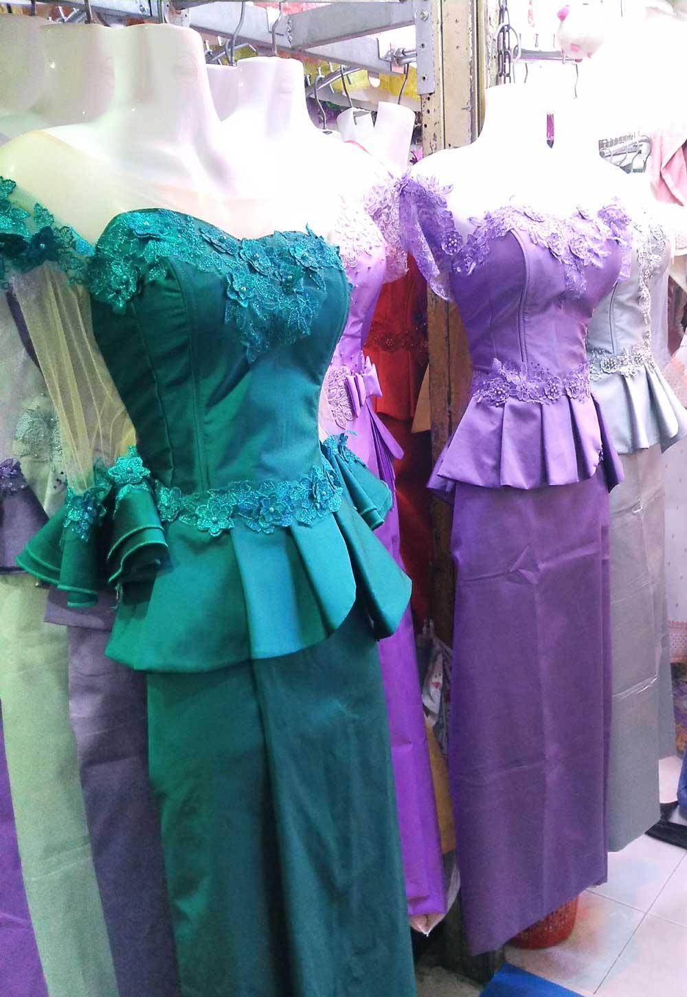 カンボジアのドレス