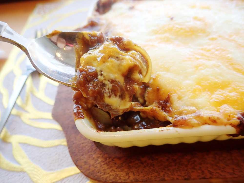チーズとたまねぎのおいしさが楽しめる焼きカレー