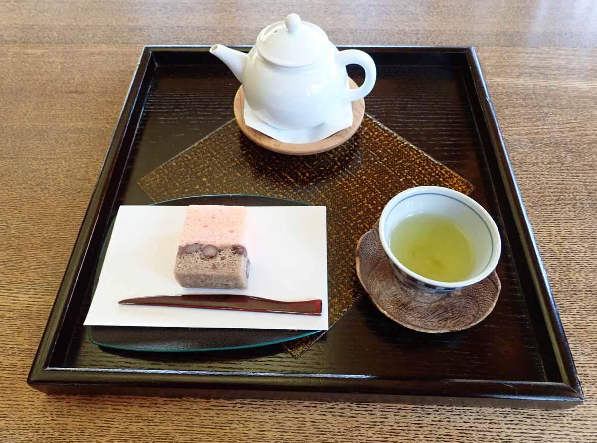 桜の香りがする緑茶