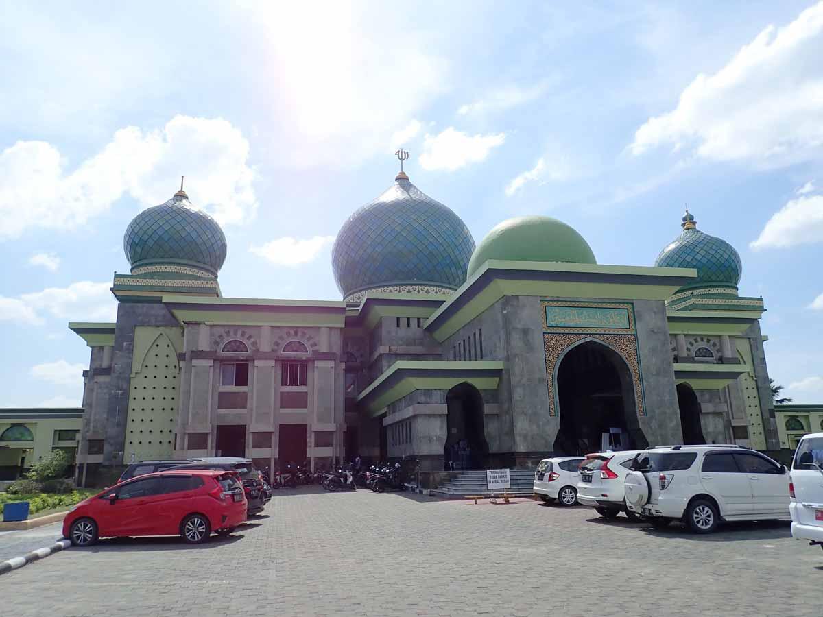 プカンバルのモスク
