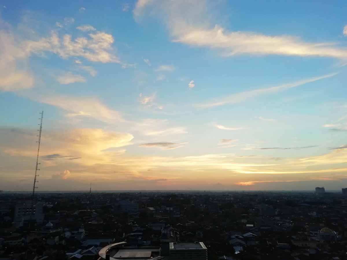 プカンバルの夕日