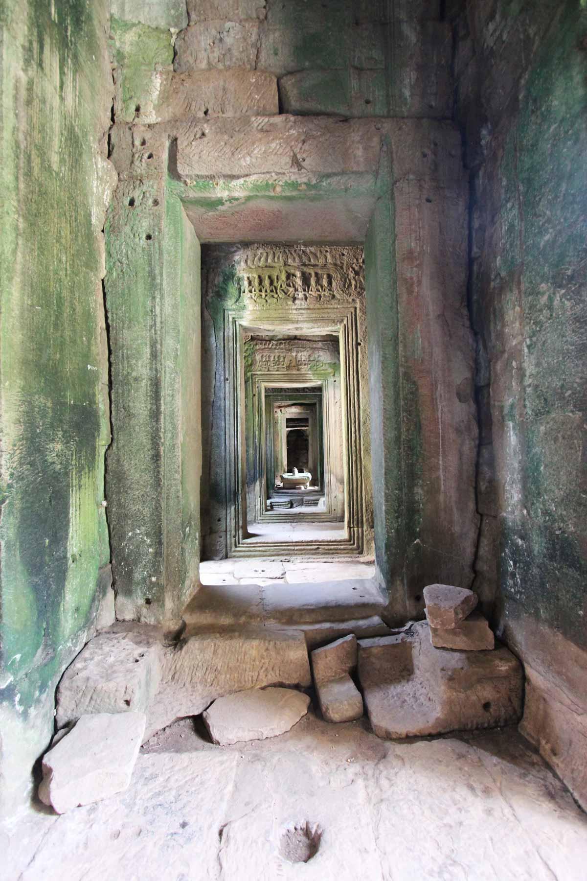 バイヨン寺院の回廊