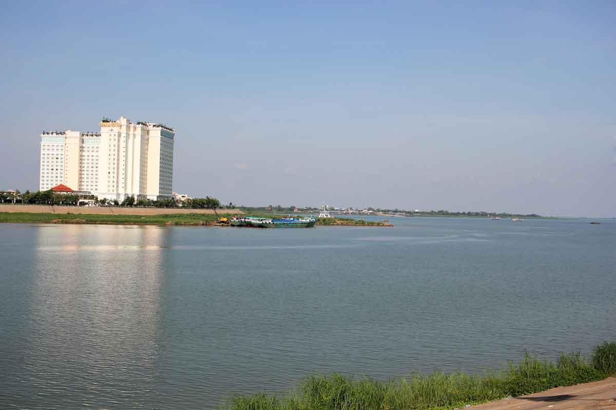 メコン河とサップ河が合流する地点