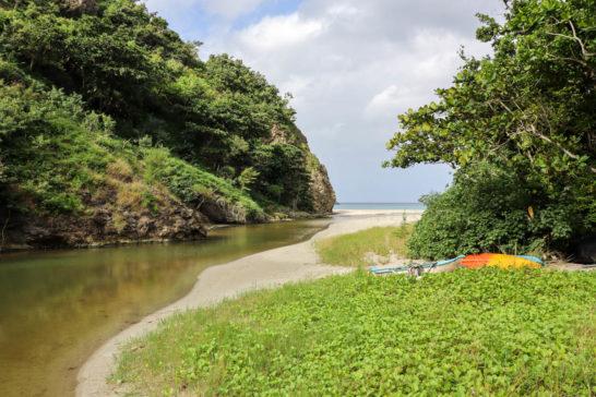 川が海へ流れ込む場所